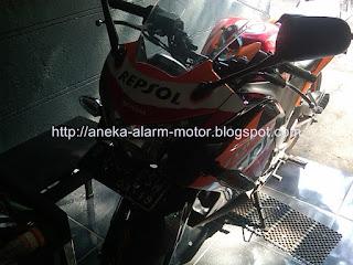 Cara pasang alarm motor remote pada Honda CBR250r Fi
