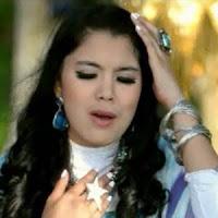 Lirik Lagu Minang Ratu Sikumbang - Ampun Mandeh