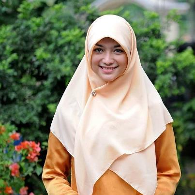 "Kumpulan Foto dan Biodata | Citra Kirana ""Rumanah"" Tukang ..."