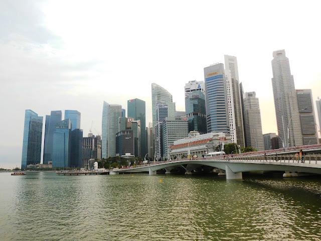 suasana di esplanade singapore
