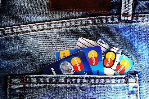 5 Fitur Kartu Kredit untuk Memaksimalkan Manfaatnya