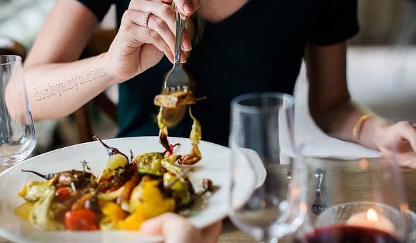 Jangan Lakukan 5 Hal Ini Setelah Makan