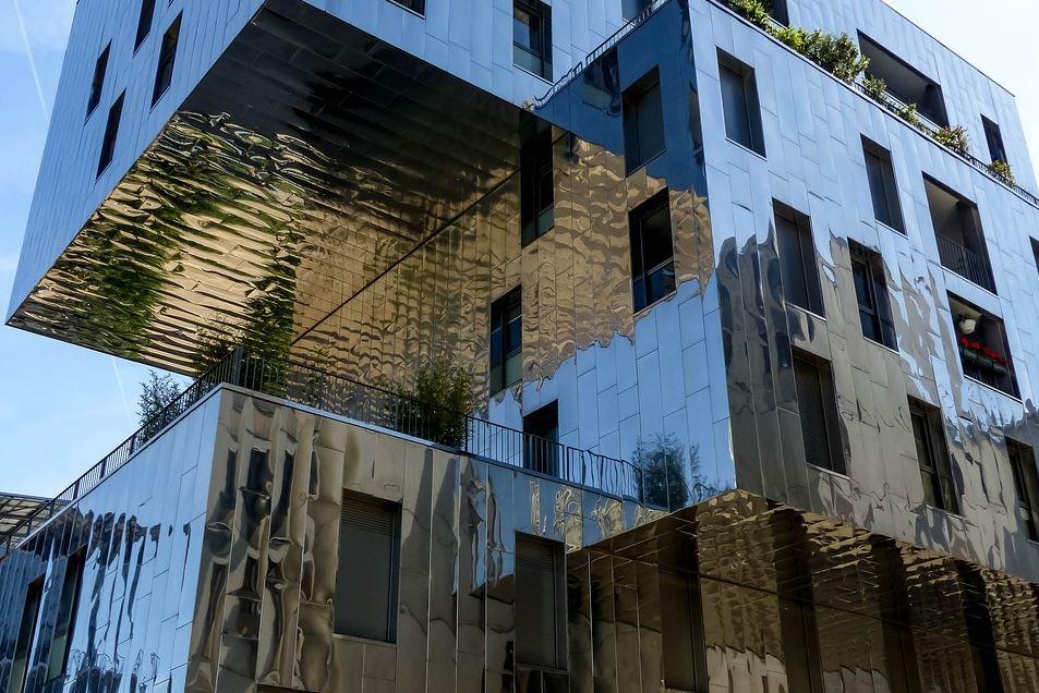 Architecture futuriste - Quartier Confluence à Lyon