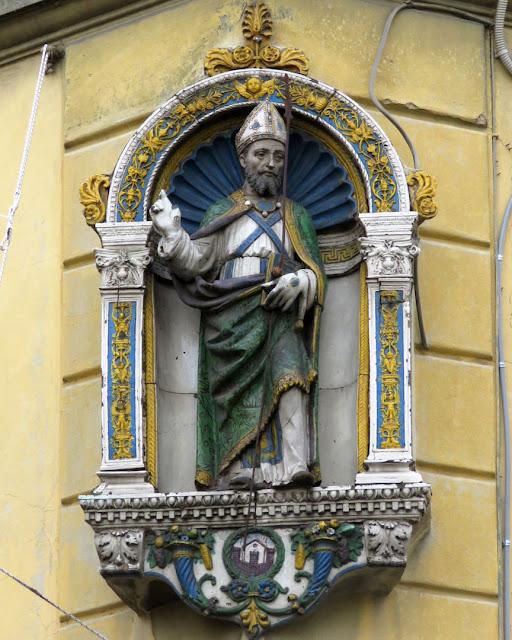 Tabernacle of Sant'Ambrogio by Giovanni della Robbia, Piazza Sant'Ambrogio, Florence