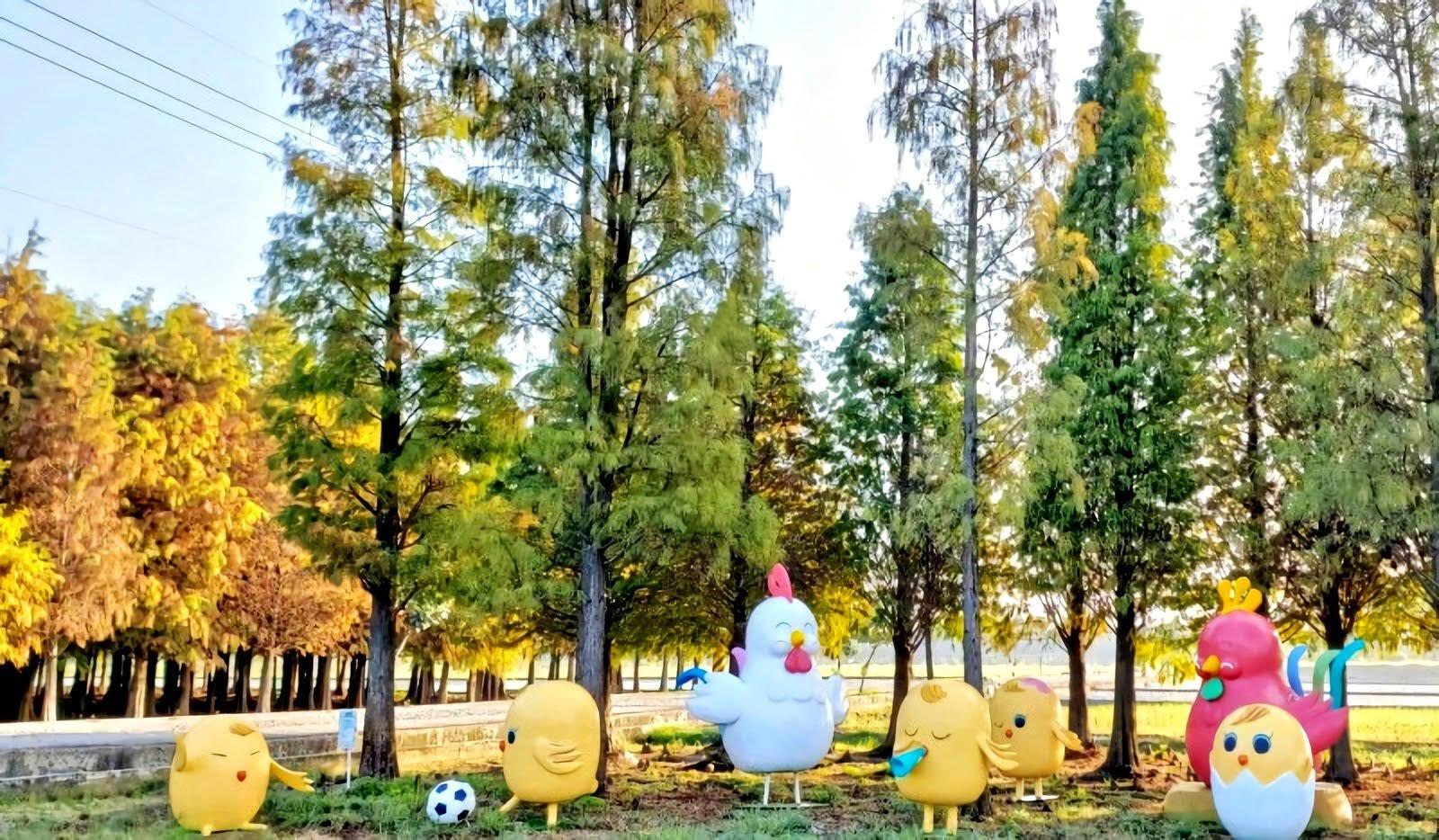 六甲菁埔埤落羽松林×可愛裝置藝術|滿滿童趣迎接遊客