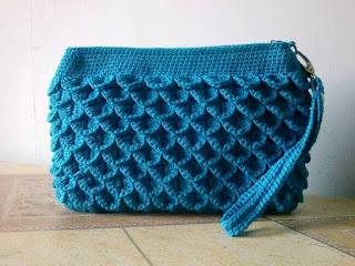 Dompet Rajut Cantik Croco Warna Biru