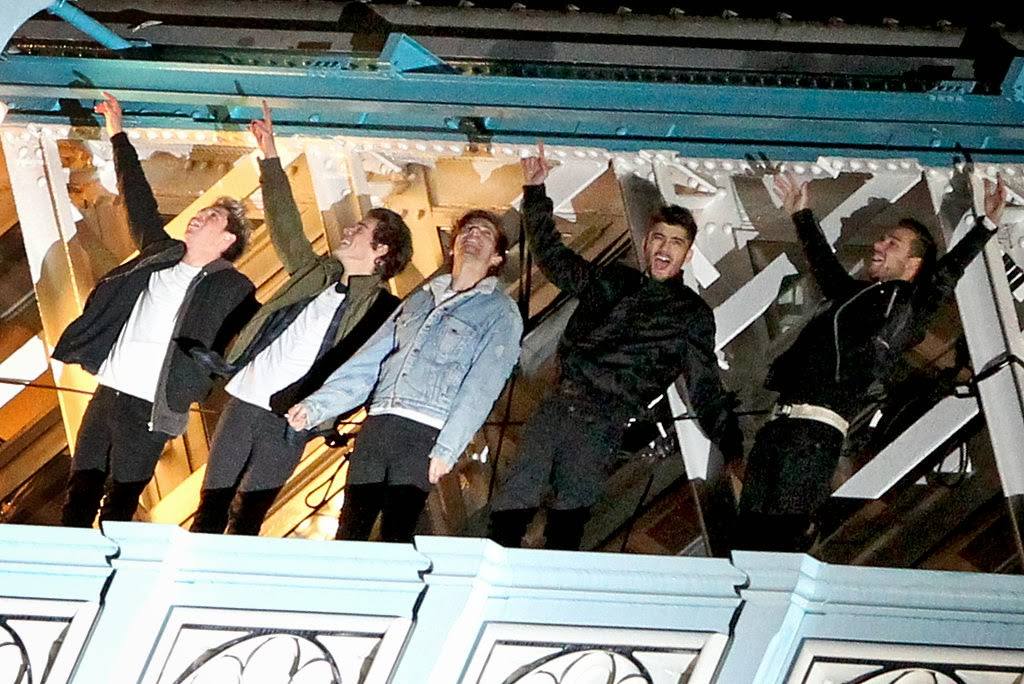 """PopGoesTheArts: BRAND NEW: One Direction Debut """"Midnight ..."""