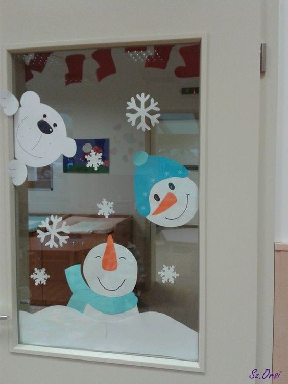 moldes navideos de muecos de nieve de papel para decorar ventanas