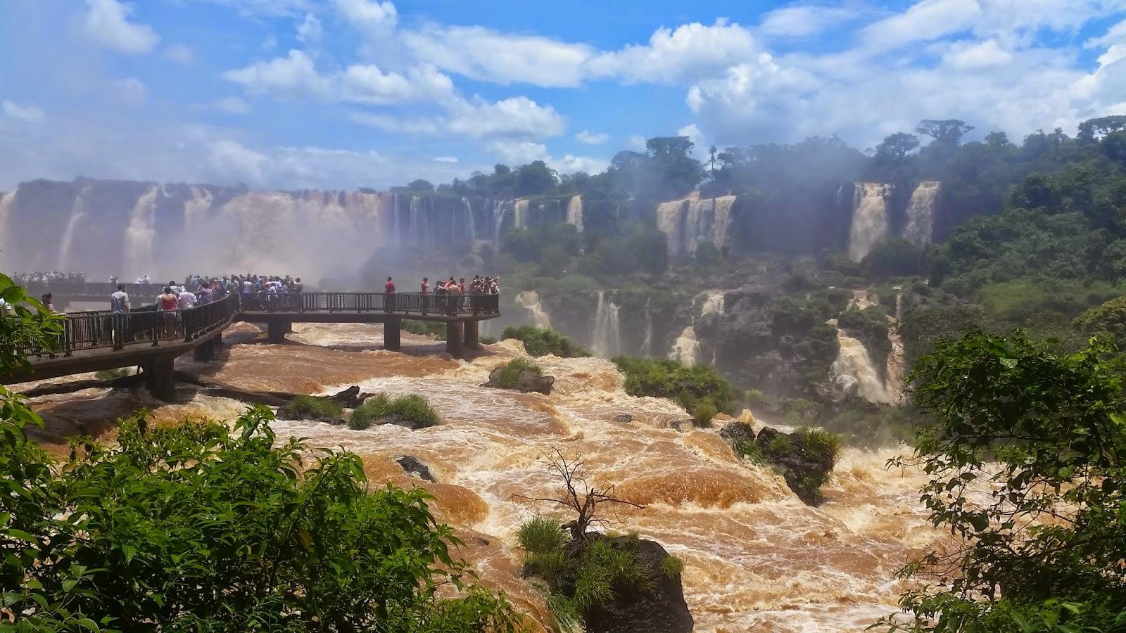 Cataratas do Iguaçu - TURISMO E VIAGEM