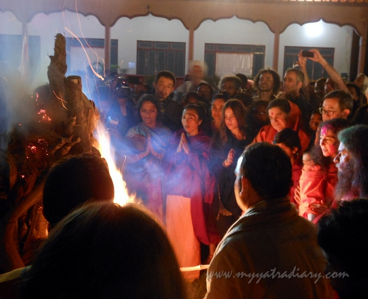 Holika Dahan at Parmarth Niketan Ashram Rishikesh