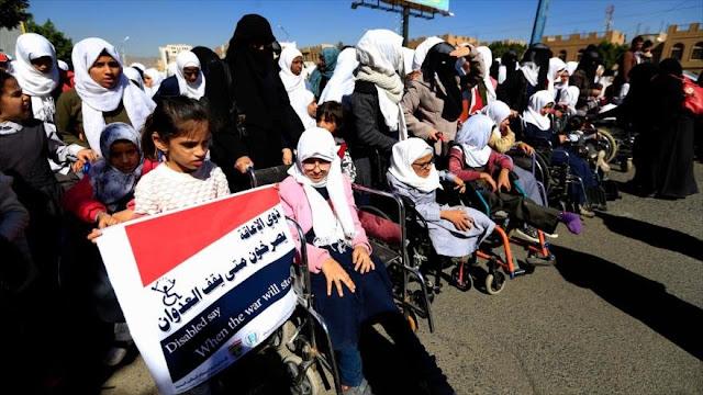 Yemeníes discapacitados protestan contra crímenes de Arabia Saudí