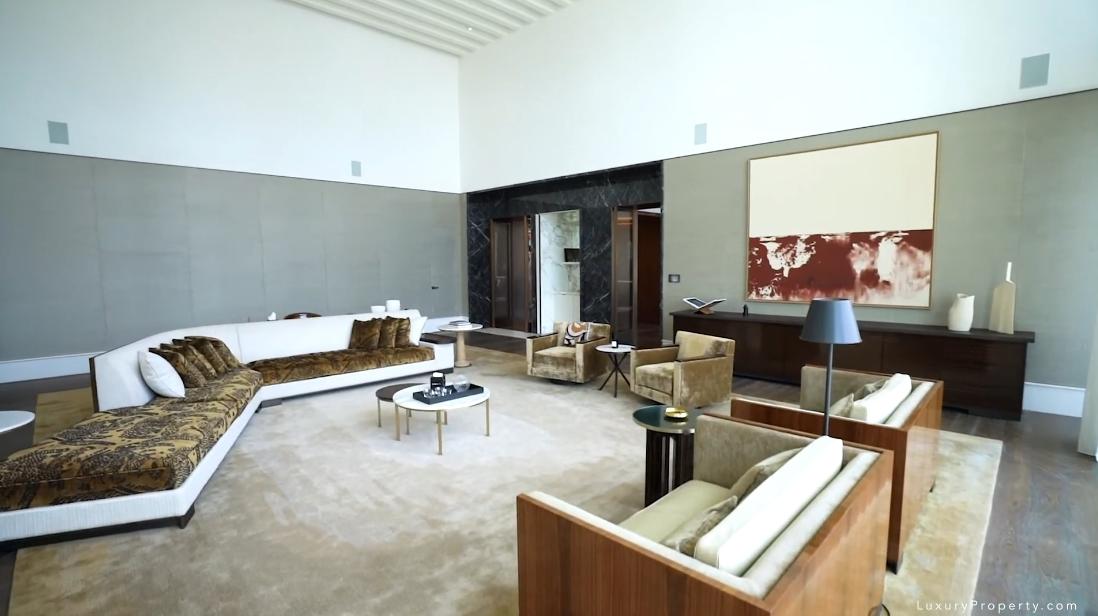 Tour Dorchester Hotel Dubai Penthouse vs. 33 Interior Design Photos