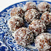 Oat cacao bliss balls