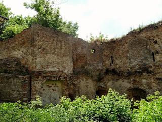 Клевань. Замок Чарторийських. Руїни західної вежі