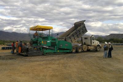 Terminadora de asfalto (prueba)