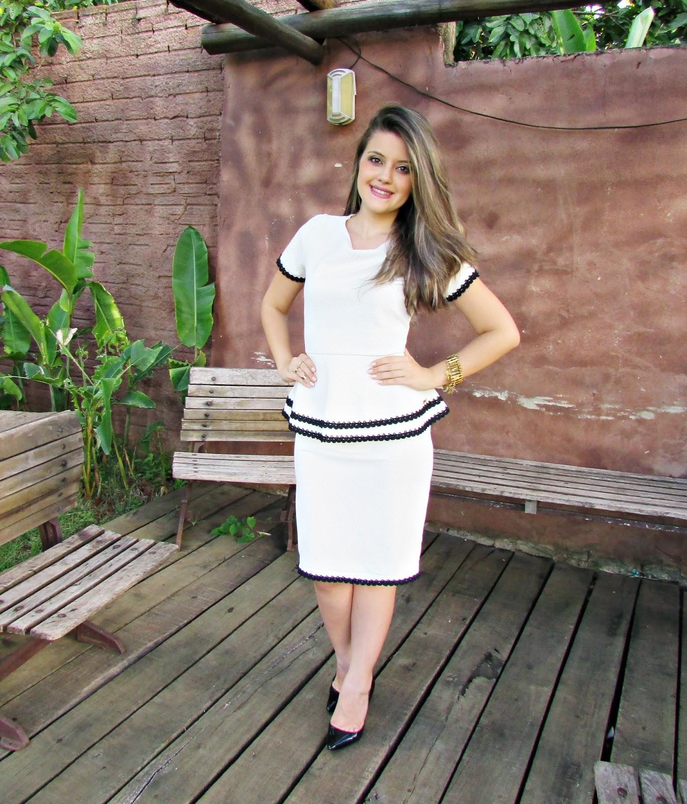983f6049ebe Blog da Lari  Meu Look  Vestido Peplum - Enncante Moda Evangélica