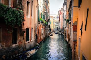 venecia amor puentes colgantes viajes
