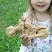 Lotes Toys Wooden Chopper (MB23)