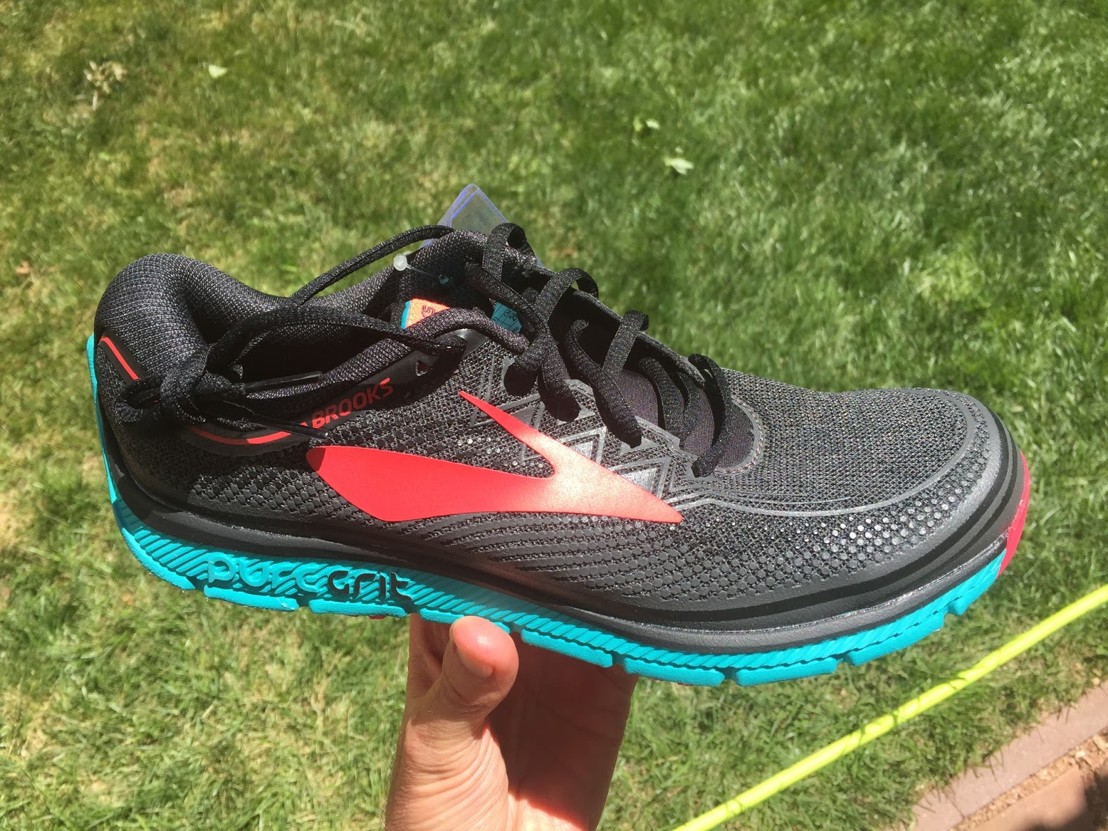 11b449ccc8a3e The PureGrit 6 comprises of a very attractive cloth like mesh upper with a  knit like look with an array of rubber 3D printed overlays to provide  strategic ...