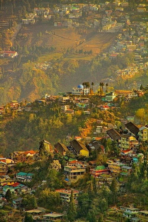 10 Best Backpacking Destinations in India | Darjeeling