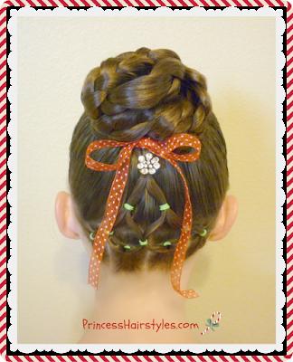 X-mas hairstyle! Christmas tree and bun tutorial.