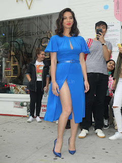 Olivia-Munn-at-Proactiv-Pop-Up-Experience-9+%7E+SexyCelebs.in+Exclusive.jpg