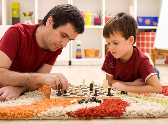 Ayudar a mi hijo a elegir una carrera universitaria