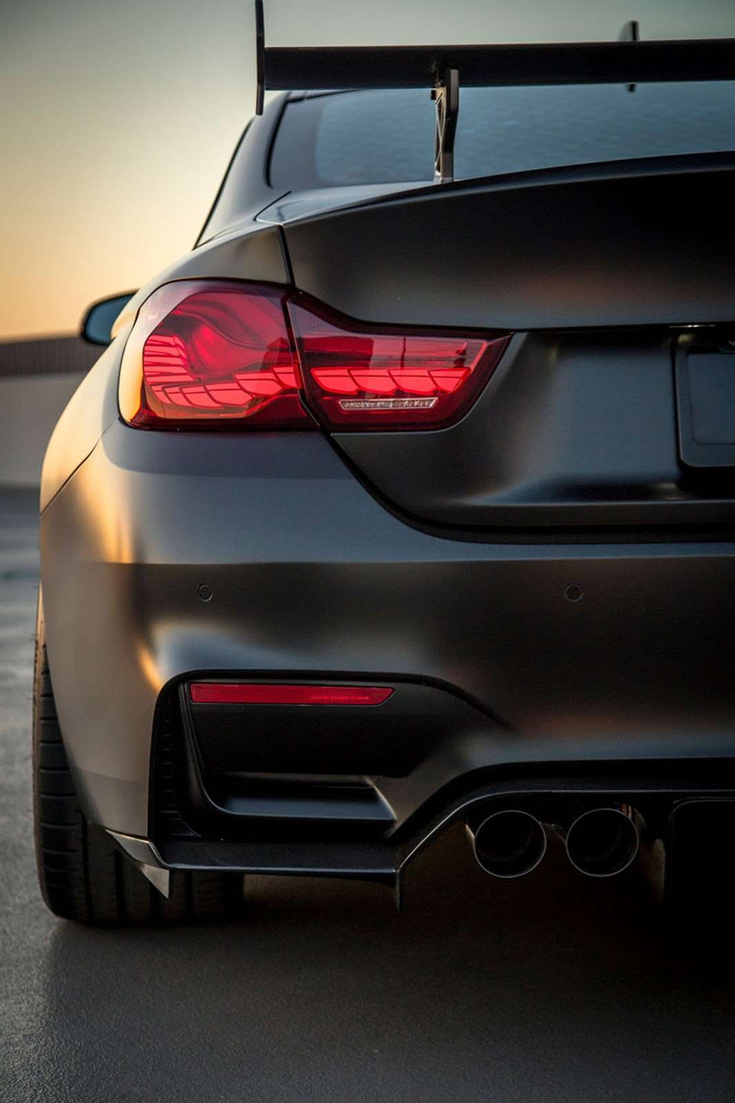BMW M4 0 60 >> BMW M4 GTS Looks Sinister On Carbon-Graphite Wheels   Carscoops