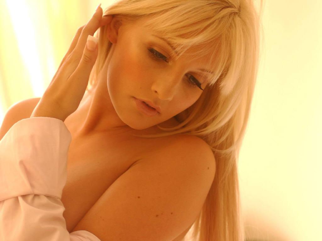 female celebrity michelle marsh - photo #18