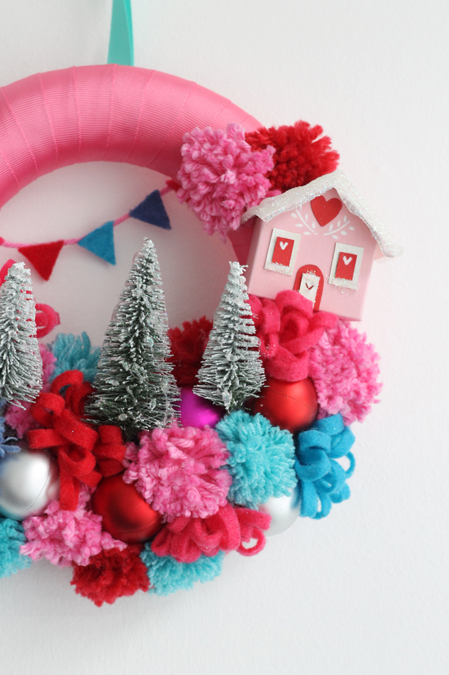 10 Recycled (but still beautiful) Christmas Crafts