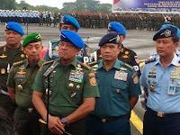TNI Gagalkan Pembelian 5 Ribu Senpi, Waspada Pelacur Demokrasi!