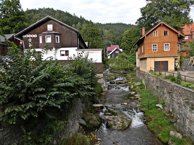 rzeka Wilczka, gastronomia, noclegi, Kotlina Kłodzka