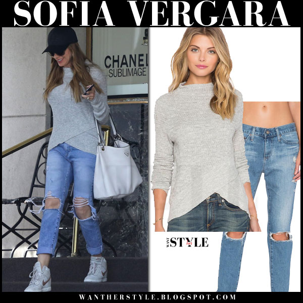 Sofia Vergara in grey sweater and ripped jeans and nike sneakers what she wore streetstyle