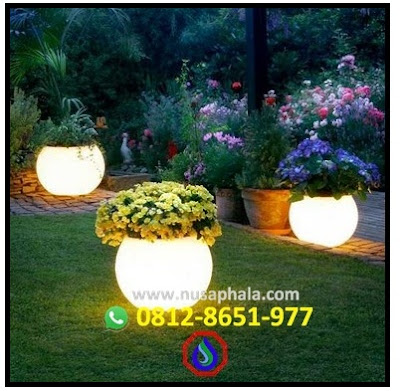 Lampu taman tanpa tiang