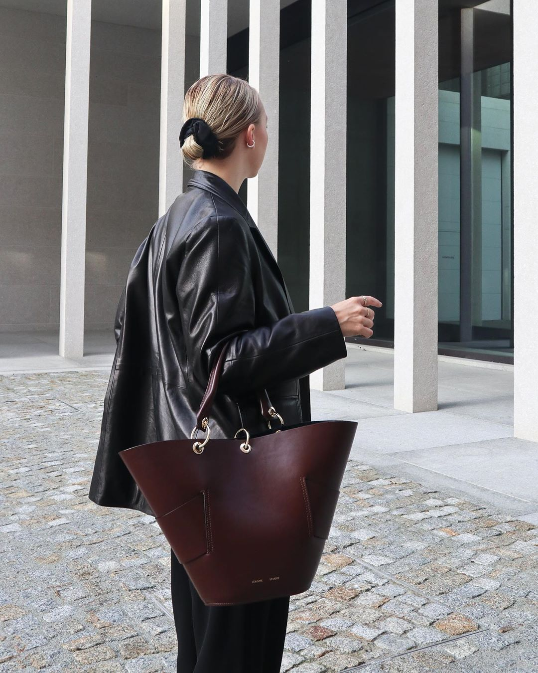 15 Leather Tote Bags Perfect for Your Commute
