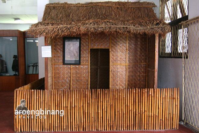 rumah adat baduy museum situs kepurbakalaan banten lama serang
