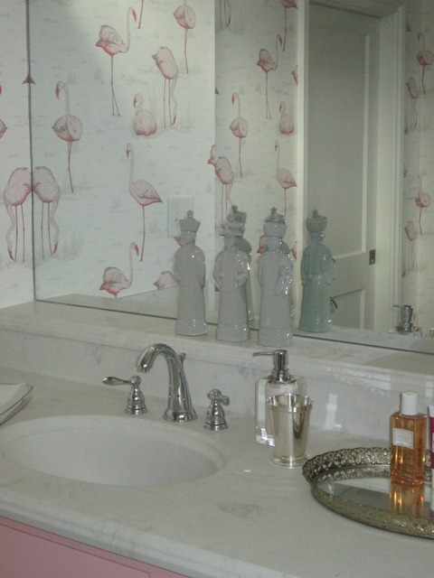 fabulous flamingo wallpaper the glam pad. Black Bedroom Furniture Sets. Home Design Ideas