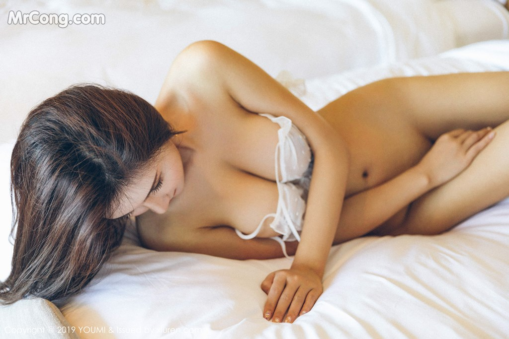 Image YouMi-Vol.305-SOLO-MrCong.com-013 in post YouMi Vol.305: SOLO-尹菲 (46 ảnh)
