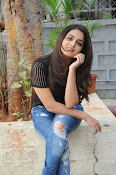 Wamiqa Gabbi stylish photo shoot-thumbnail-2