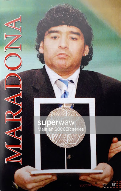 MARADONA WITH TROPHY