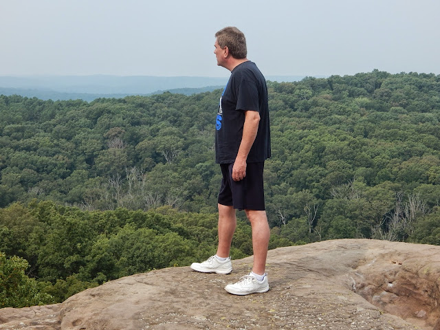 Standing on the edge of a rock looking over the #shawneeNationalForest #CarmaPoodale