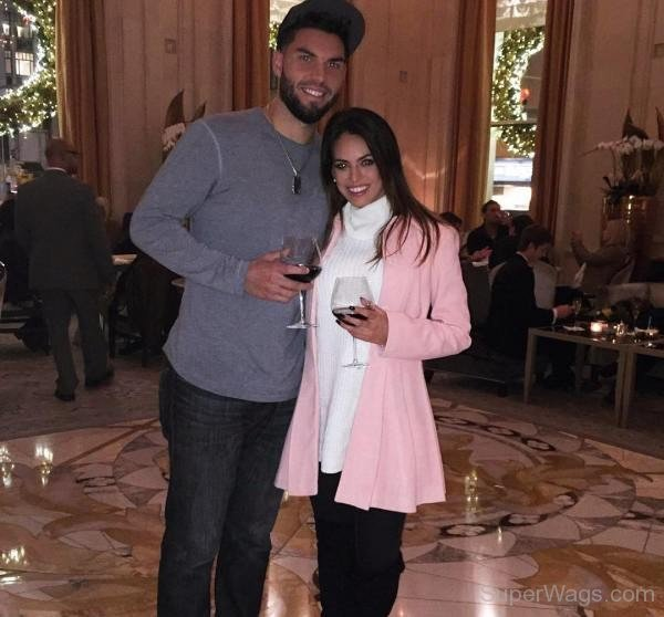 hosmer dating Kacie mcdonnell has been dating hosmer since the first months of 2015, but it was until this summer that they announced they were dating before hosmer started dating kacie, he was dating kimberly figueroa.