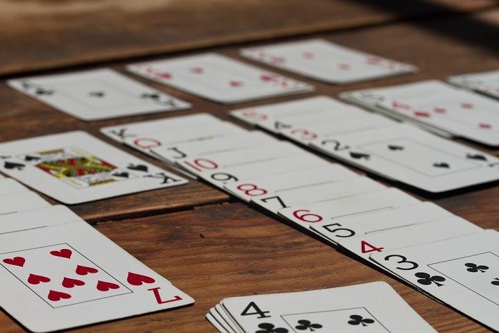 game solitaire hadir di smartphone android dan ios