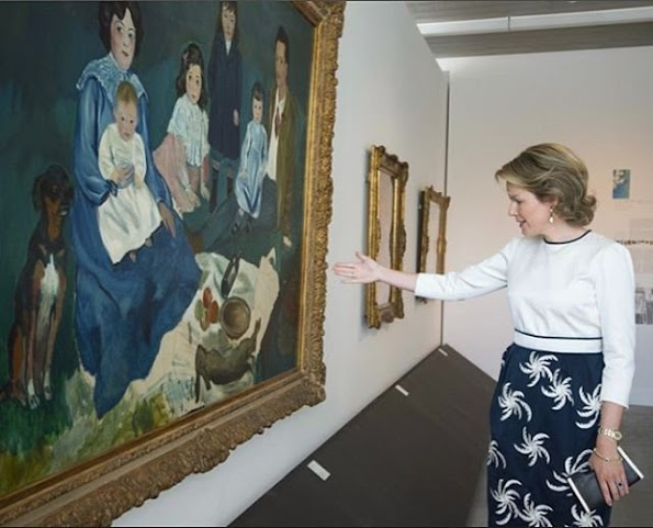 Queen Mathilde visited exhibition of the 'In the Open Air' at the Boverie Museum in Liege. Queen mathilde wore skirt, wore blouse, spring summer 2016 new style fashions