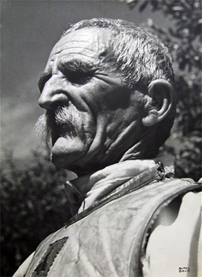 http://www.artnet.com/artists/aurel-bauh/portrait-de-paysan-roumanie-adieu-et-quo-vadis-et-TtmI8Gvyr_AuyY7xoL9ygQ2