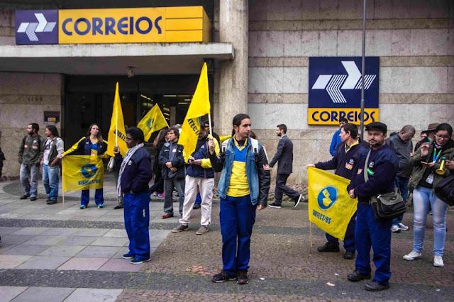 Os Correios entraram para a lista de estatais que o governo pretende privatizar.