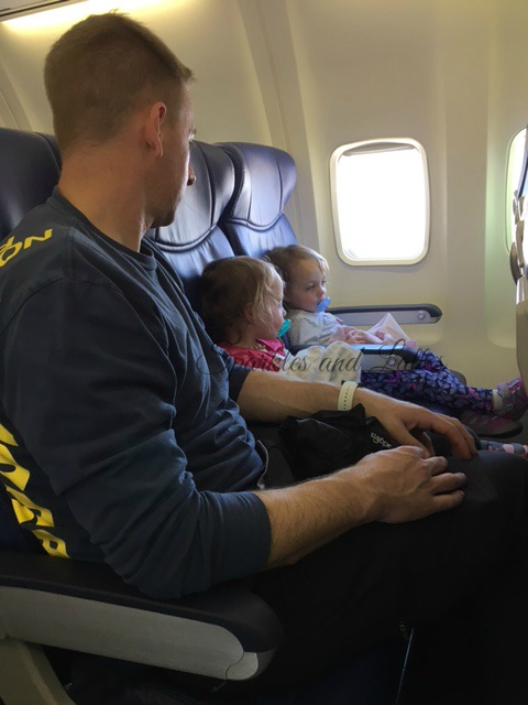traveling on a plane with toddlers