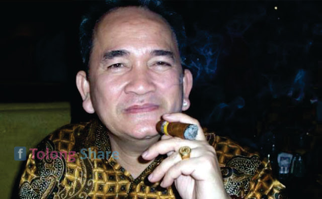 Ruhut Sitompul dipecat SBY Lewt SMS