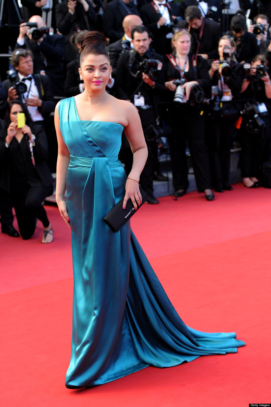 Hot Desi Curves Hot Aishwarya Rai At Cannes High -9145