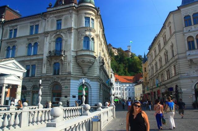 Paseando por el Puente Triple Eslovenia